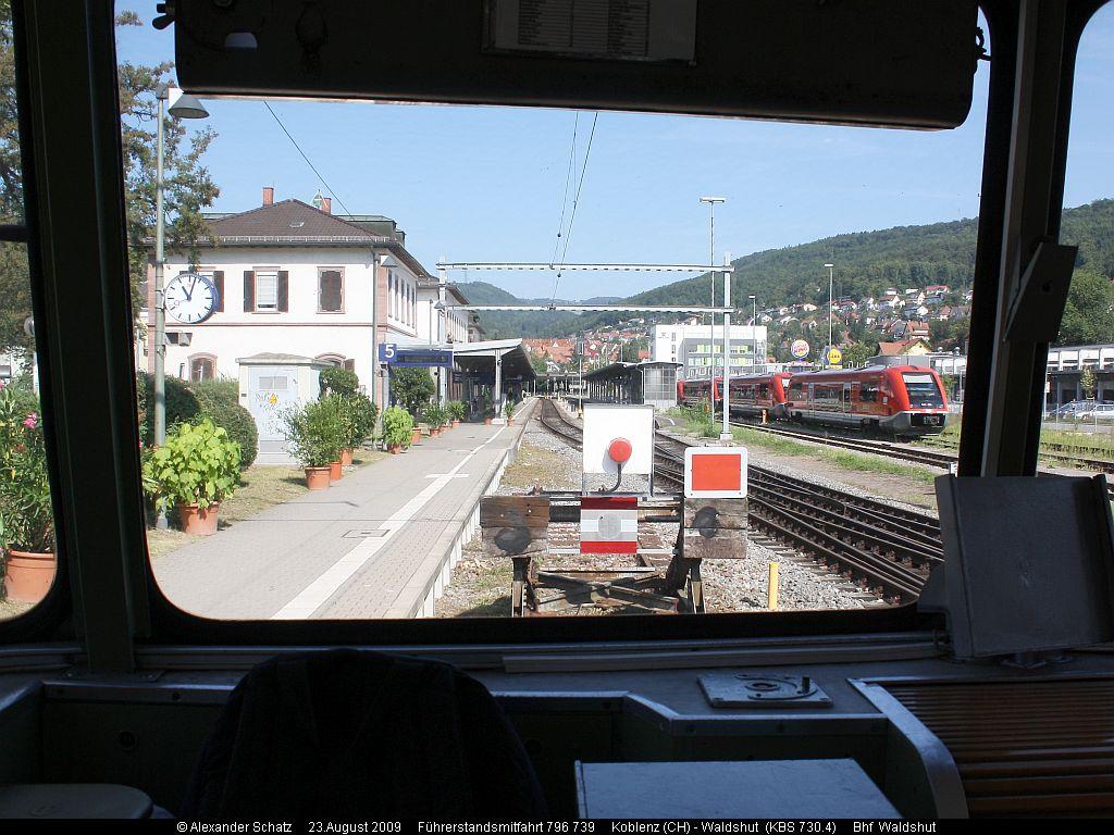 http://www.ulmereisenbahnen.de/fotos/796-739_2009-08-23_Koblenz-Waldshut1_copyright.jpg