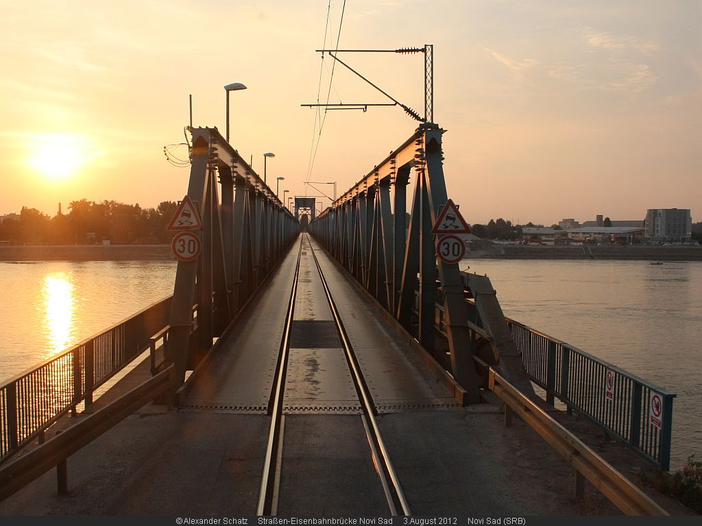 http://www.ulmereisenbahnen.de/fotos/Donaubruecke_2012-08-03_NoviSad1_copyright.jpg